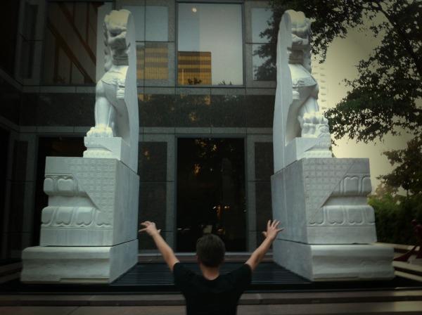 Reagan Splitting Statue