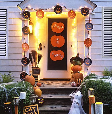 Trick or Treat Door
